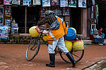 Boudhanath - Zajímavá cyklistická výbava