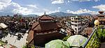 Nepál, Káthmándú, Durbar Square ze střechy restaurace