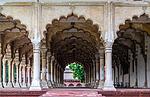 Indie - Sloupoví v pevnosti v Agře (Agra Fort)