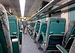 Indie - interiér klimatizovaného vlaku