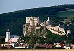 Beckov - hrad Beckov od dálnice D1