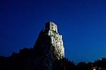 Beckov - osvětelný hrad Beckov v noci